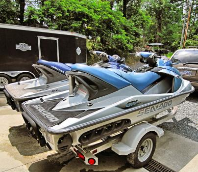 Used Seadoo PWCs For Sale by owner | 2004 7 foot SeaDoo GTX Supercharged Jet Skis